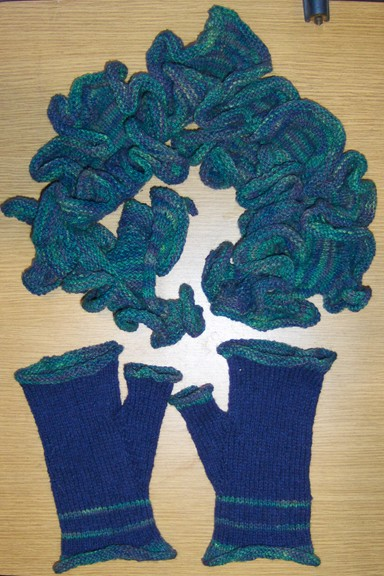 Curly Scarf and Mitts